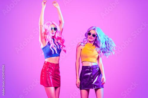 Leinwanddruck Bild Fashion neon light. Party girl, Stylish hairstyle