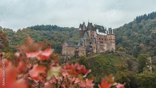 Vista do Burg Eltz na Alemanha