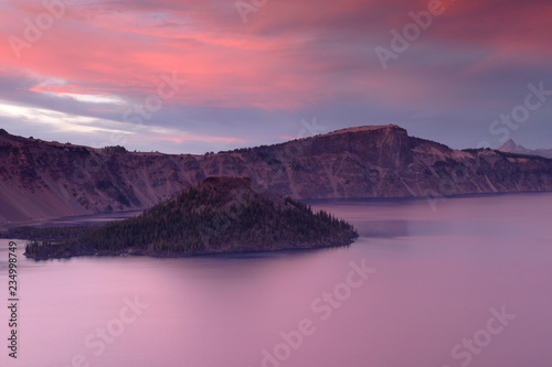 Wizard Island, Rim Village, Crater Lake National Park, Oregon, USA - 234998749