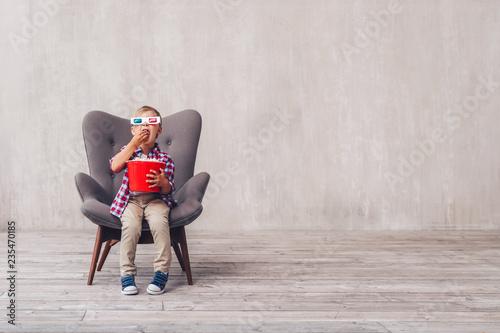 Little kid in the cinema