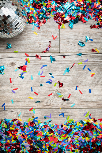NYE2019: Confetti Background With Mirrored Disco Ball - 235520366