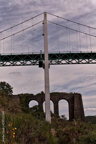 Fototapeta Pont sur la Vilaine, La roche bernard, France