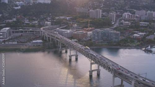 Plakat Portland Oregon industrial aerial view over city