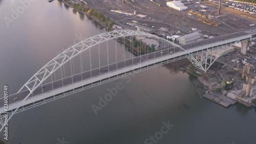 Obraz na płótnie Aerial view of Willamette river Portland Oregon