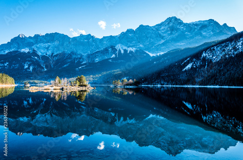 Leinwanddruck Bild eibsee lake in germany
