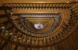 Treppenhaus halbrund - 236502101