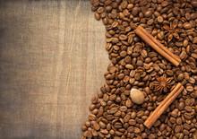 """Постер, картина, фотообои """"coffee beans and spices on wood"""""""
