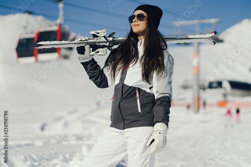 Leinwandbild Motiv girl with ski