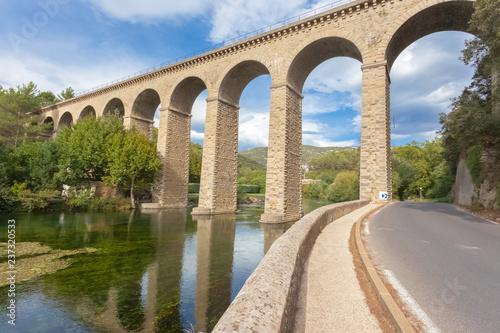 Obraz na płótnie Pont-aqueduc de Galas, route de Fontaine de Vaucluse