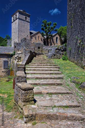 Wioska La Couvertoirade, jedna z najpiękniejszych francuskich średniowiecznych gmin