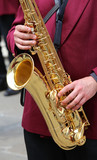 player plays the saxophone