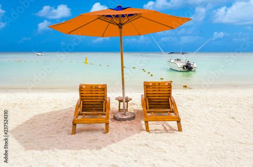 Parasol sur plage mauricienne