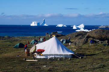 Camping in summertime in West-Greenland © YvonneNederland