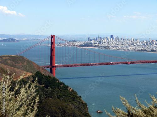 Fototapeta Golden Gate Bridge overlooking San Francisco - USA