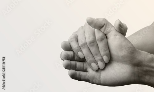 mata magnetyczna People with their hands together. love concept