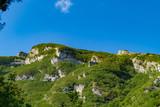 Vette e cime viste dal sentiero 201 sul monte Nerone