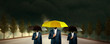 Quadro hands black and yellow umbrella
