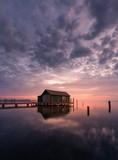 Müritz - Plau am See / Bootshaus mit Steg bei Sonnenaufgang (Langzeitbelichtung) - roter Himmel ,warme Farben - 238598735