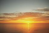 закат яркий и природа у моря  - 238622781