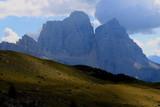 Paesaggio alpino con massiccio montuoso in evidenza - Monte Pelmo - Dolomiti - Italia