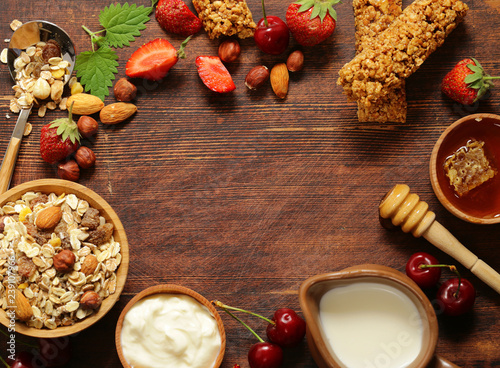 Foto Murales homemade granola for a healthy breakfast