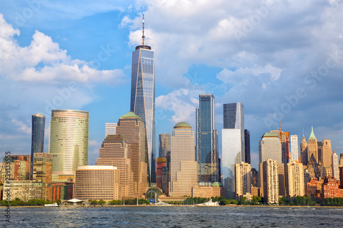 Foto Murales Lower Manhattan skyline over Hudson River, New York