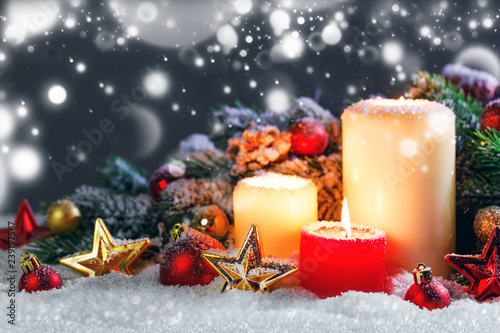 Leinwanddruck Bild Christmas candles with decoration