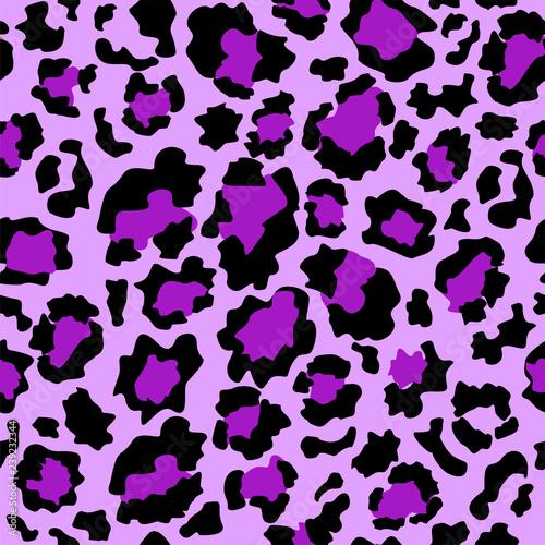 obraz lub plakat Seamless pattern purple leopard skin
