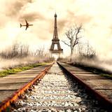 Tour Eiffel con ferrovia ed aereo © Giuseppe Porzani