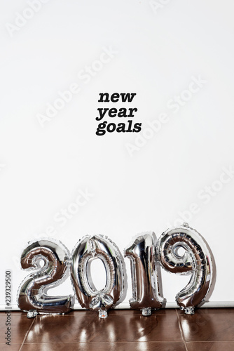 Leinwanddruck Bild text new year goals 2019