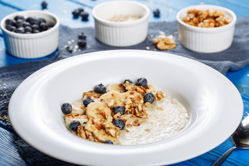 Oat Muesli Blueberry and Banana Ingredient View