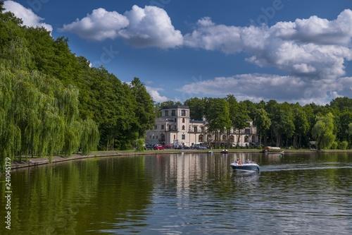 Augustów, Polska, łódka na jeziorze