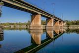 Eisenbahnbrücke über die Donau am Kaisermühlendamm in Wien, Österreich - 241096958