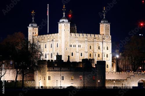 mata magnetyczna La tour de Londres de nuit