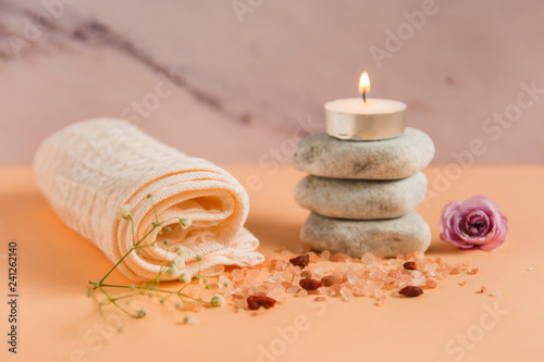 spa and aromatherapy set with aroma candle and stones