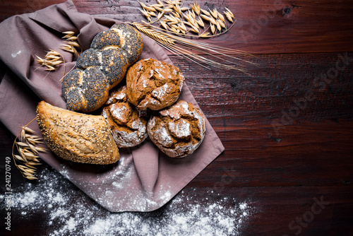 Leinwanddruck Bild Brot - Brötchen - Bäcker - Bäckerei - Gebäck - Backwaren