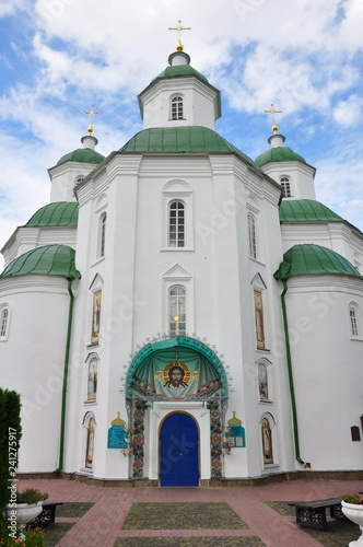church, religion, architecture, orthodox, cathedral, building, cross, dome, sky, temple, russia, travel, white, old, history, blue, city, religious, landmark, europe, culture, faith, gold, monastery,