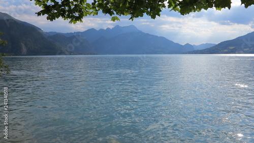 Leinwanddruck Bild Traumhafter Attersee in Österreich in den Alpen