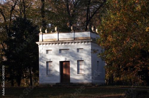 Kleines Schloss im Georgengarten Dessau Roßlau © zeralein