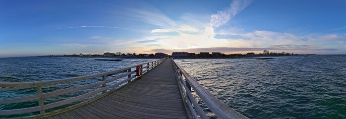 Beautiful sunset panorama at the baltic sea beach in december © Michael