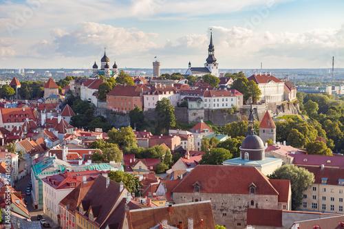 Leinwanddruck Bild Red roofs of old town Tallinn, Estonia at sunny day