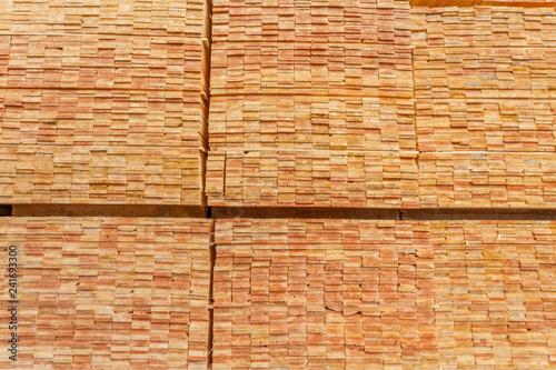 stockage de lamelles de bois  - 241693300