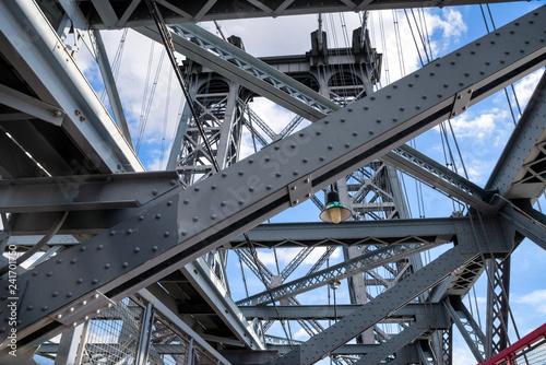 Foto Murales The Williamsburg Bridge is a suspension bridge across the East River in New York City , USA