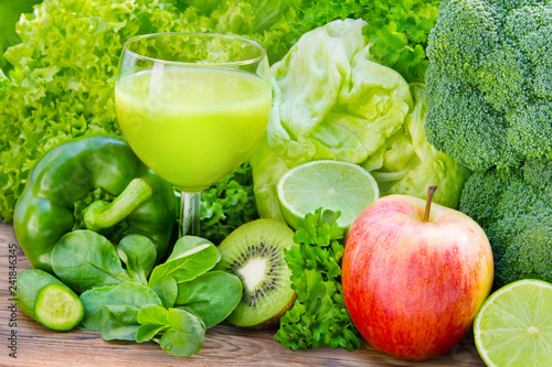 Leinwanddruck Bild Green smoothie with fruits and vegetables