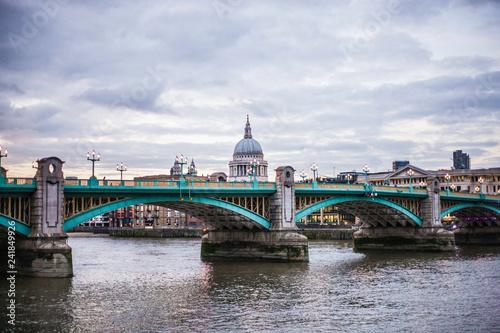 Foto Murales Bridge