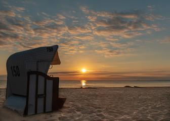 Strandkorb - Sonnenaufgang