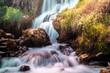 Langzeitbelichtung der Wasserfälle bei Kravica, Bosnien - 242198304
