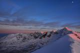 Magiczne niebo nad górami
