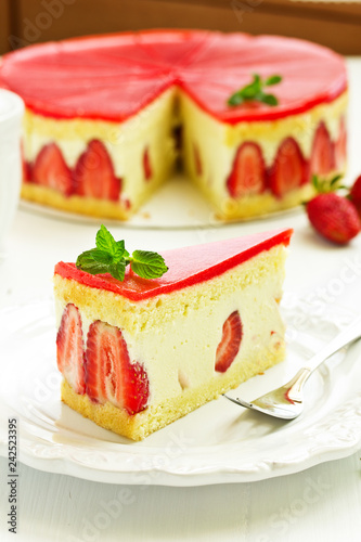 Frese cake with strawberries.