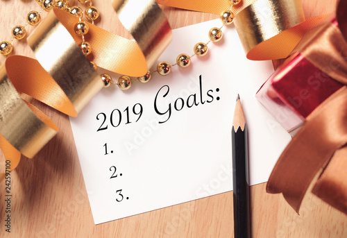 Goals 2019 with gold decoration.